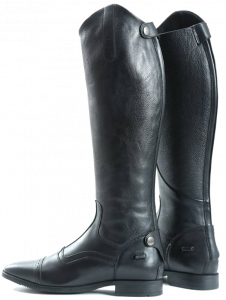History of pony race and sorts of boots utilized